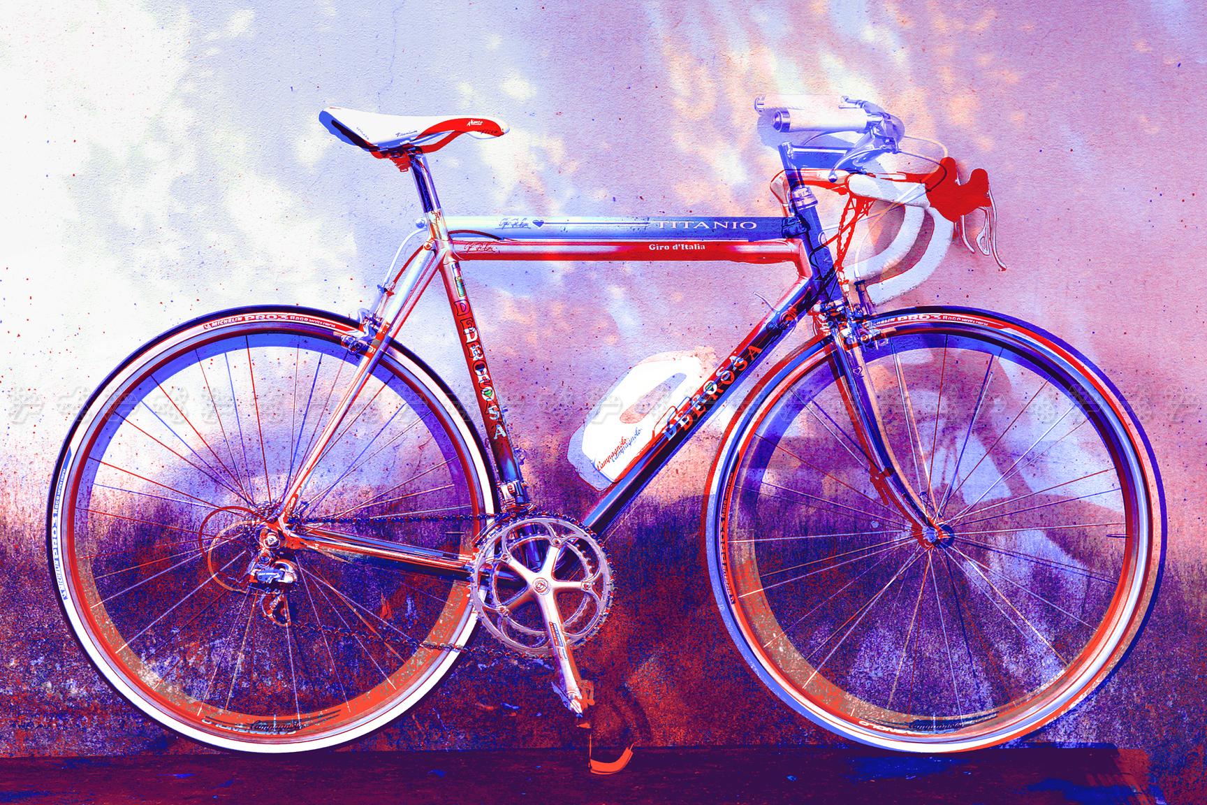 http://lolografico.com/img/translucent.jpg
